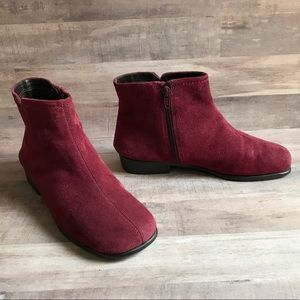 Aerosoles Leather Suede Ankle Booties Size 7